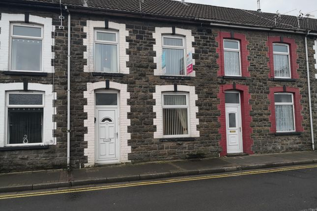 3 bed property to rent in Eirw Road, Porth CF39