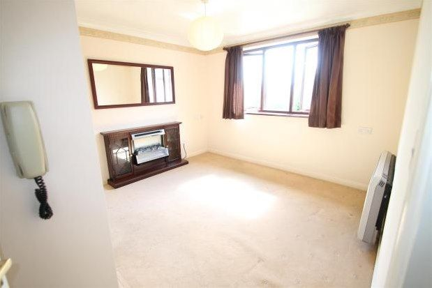 Thumbnail Flat to rent in Magpie Hall Lane, Bromley