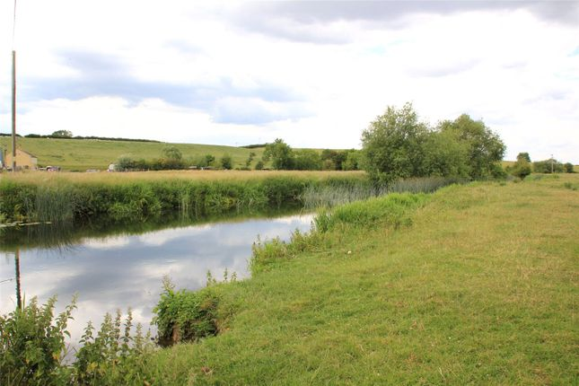 Picture No. 16 of Wollaston, Earls Barton, Wellingborough, Northamptonshire NN29
