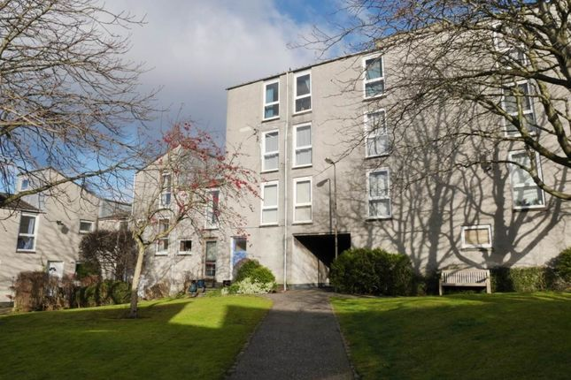 Thumbnail Flat to rent in Barntongate Drive, Edinburgh