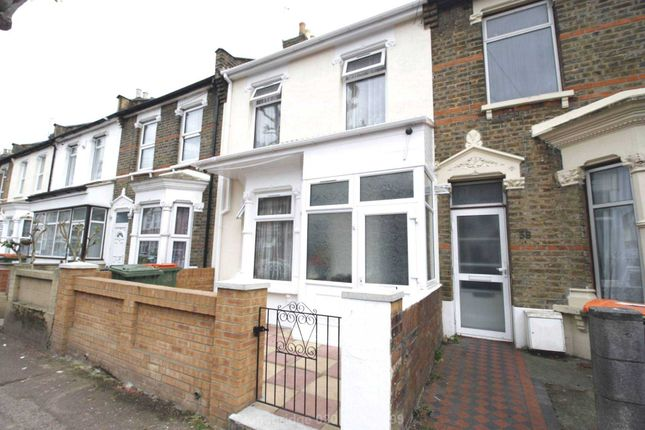 Thumbnail Terraced house for sale in Lincoln Road, London