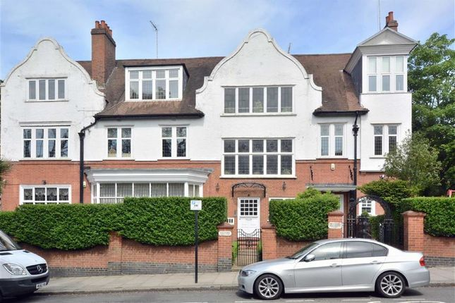 Thumbnail Flat to rent in Heath Drive, Hampstead, London