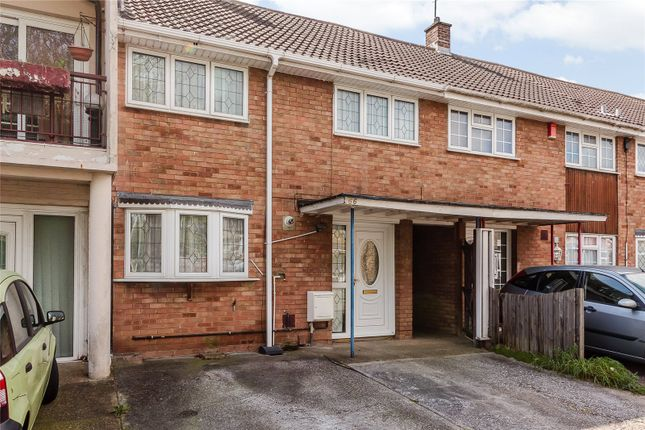 Thumbnail Terraced house for sale in Clickett Hill, Basildon, Essex