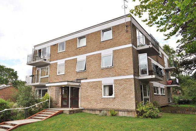 Upper Edgeborough Road, Guildford GU1