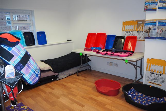 Photo 2 of Pets, Supplies & Services LS25, Sherburn In Elmet, North Yorkshire