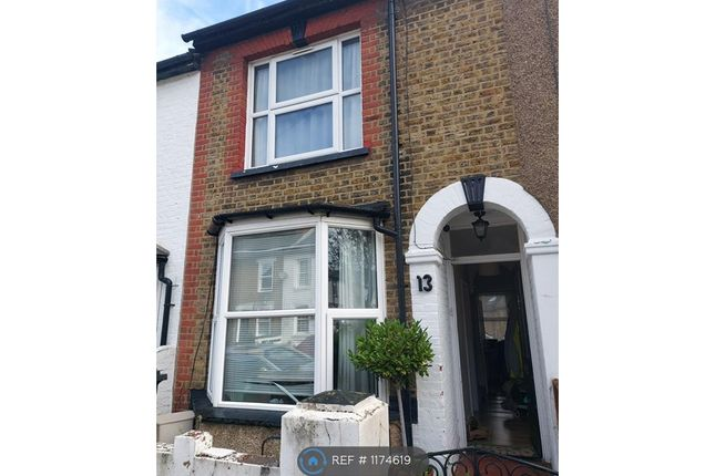 2 bed terraced house to rent in Sotheron Road, Watford WD17
