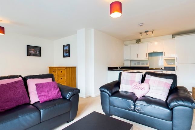 Thumbnail Flat to rent in Sirius Apartments, Copper Quarter, Swansea