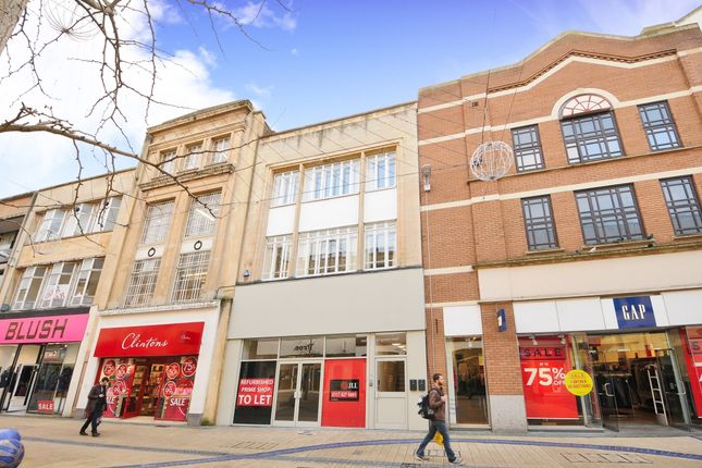Thumbnail Flat to rent in Broadmead, Bristol