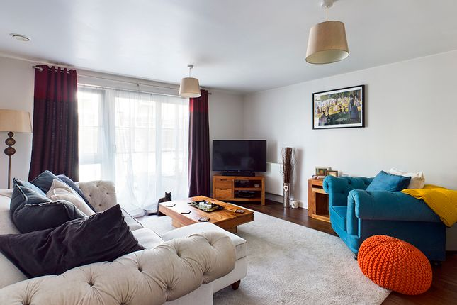 Thumbnail Flat for sale in James Weld Close, Southampton, Hampshire