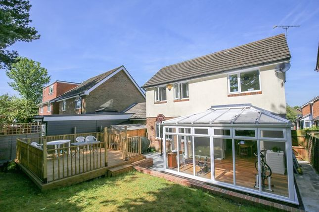 Photo 18 of Mason Close, East Grinstead, West Sussex RH19