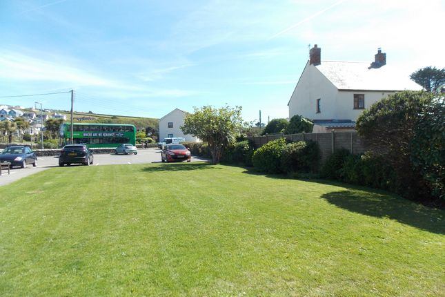 Communal Garden of St. Georges Hill, Perranporth TR6