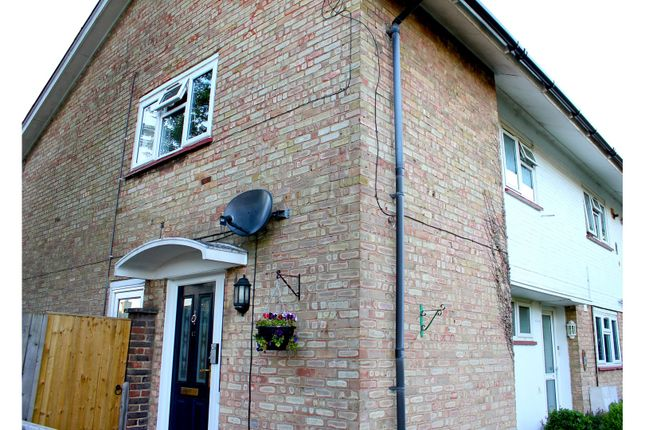 Thumbnail Maisonette for sale in Dickens Road, Crawley