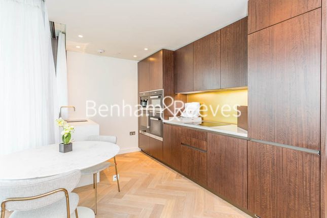 Thumbnail Flat to rent in Principal Tower, 2 Worship Street, Shoreditch