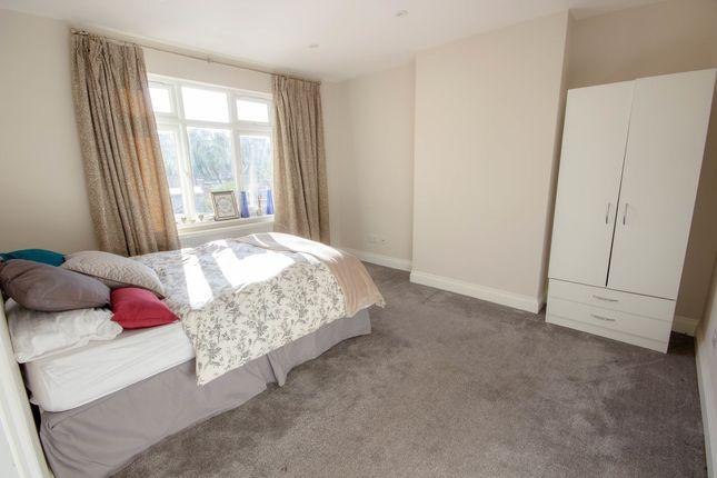 Thumbnail Room to rent in Room 2, Lexden Road