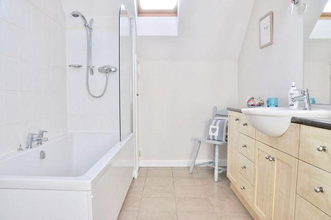 Family Bathroom of Badsey Fields Lane, Badsey, Evesham WR11