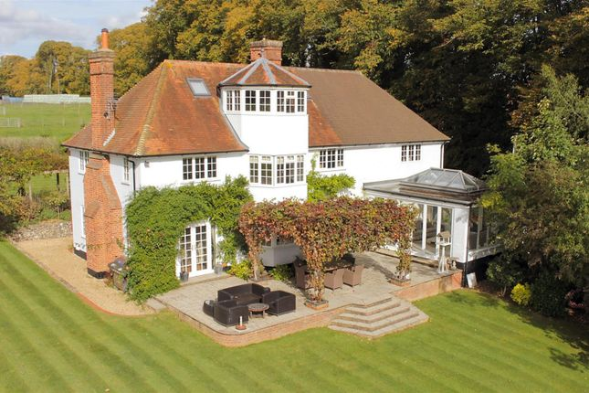 Thumbnail Detached house for sale in Lime Tree Cottage, Buckhold, Pangbourne