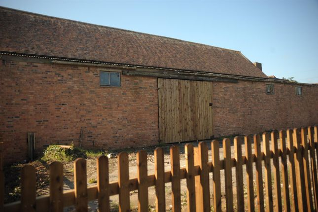 Thumbnail Commercial property to let in Taynton, Gloucester