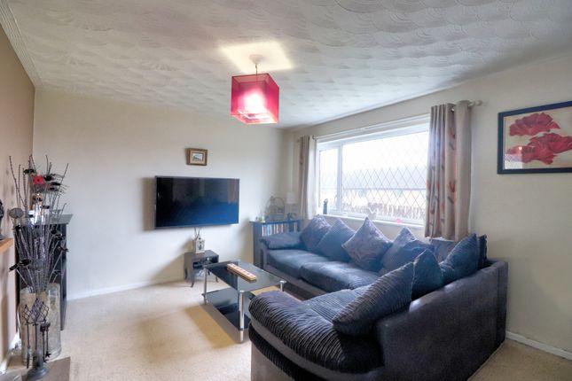 Lounge of Tudor Street, Linthwaite, Huddersfield HD7
