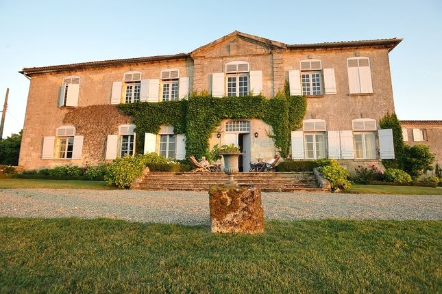 Thumbnail Property for sale in Entre Deux Mers, Gironde, France