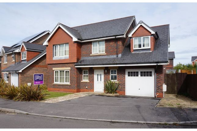 Detached house for sale in Heol Derwen, Llanelli