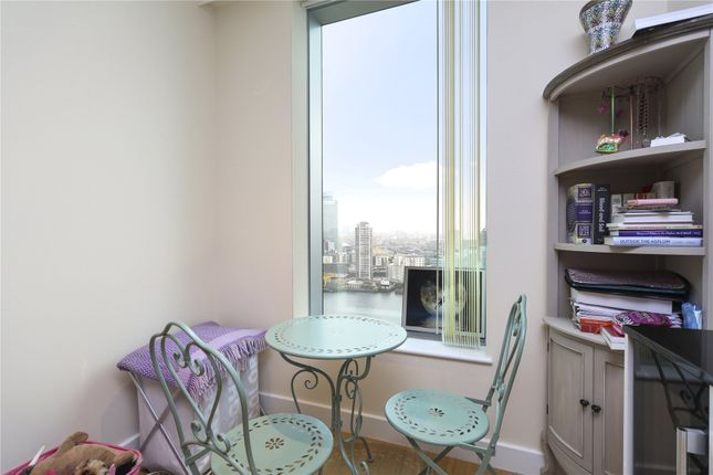 Picture No. 21 of Arora Tower, 2 Waterview Drive, London SE10