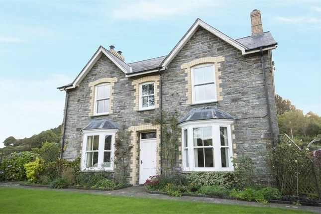 Thumbnail Detached house for sale in Llanrhystud, Llanrhystud, Ceredigion
