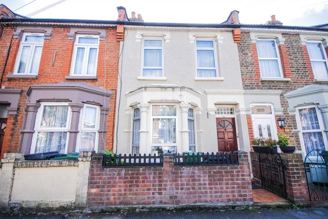 Thumbnail Terraced house to rent in Skeltons Lane, London