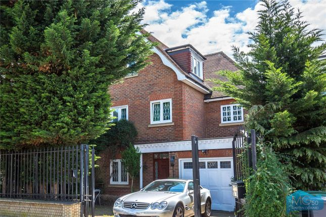 Thumbnail Detached house to rent in Fordington Road, Highgate, London