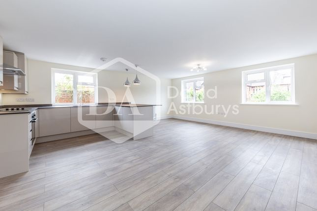 Thumbnail Flat to rent in Church Lane, Crouch End, London