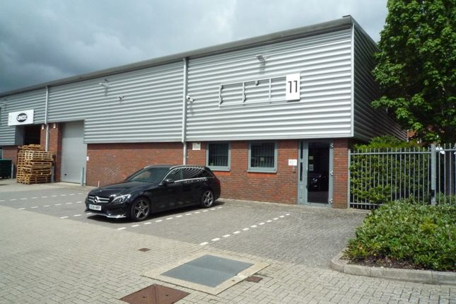 Thumbnail Warehouse to let in Stanhope Road, Camberley