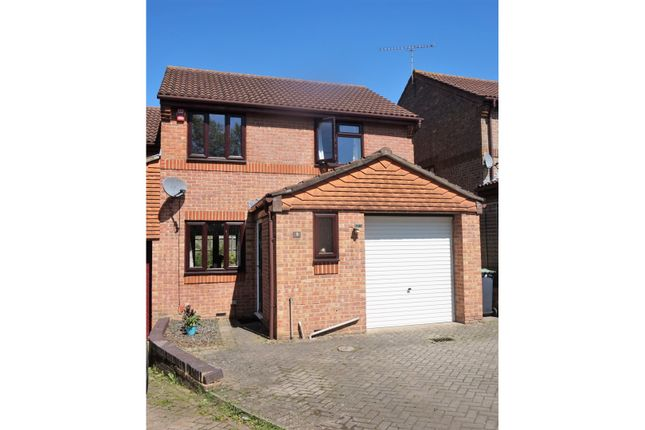 Thumbnail Semi-detached house for sale in Little Oxley, West Malling