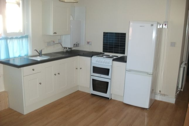 Thumbnail Flat to rent in Portswood Road, Southampton