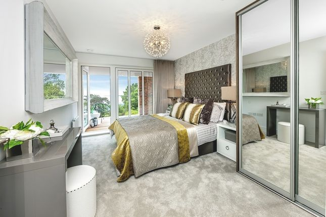 Thumbnail Semi-detached house for sale in Broadwater Gardens, Orpington