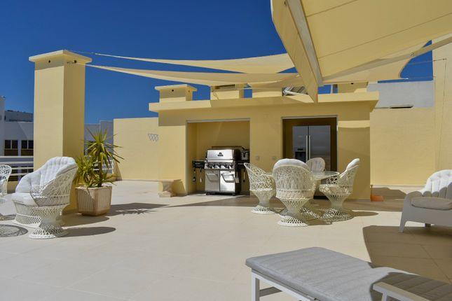 Outdoor Bbq Area of Avenida Tivoli, Edificio Europa, Vilamoura, Loulé, Central Algarve, Portugal