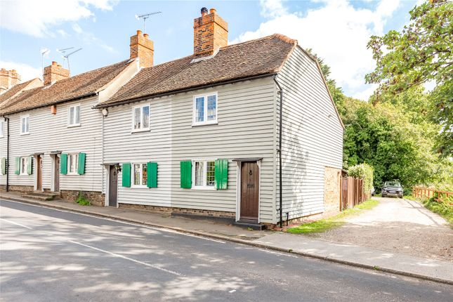 Picture No. 02 of Bear Block Cottages, Harwood Hall Lane, Upminster RM14