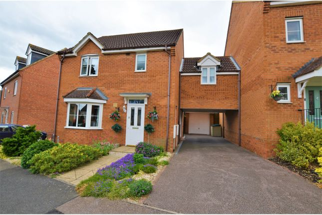 Thumbnail Link-detached house for sale in Glovers Close, Irthlingborough, Wellingborough