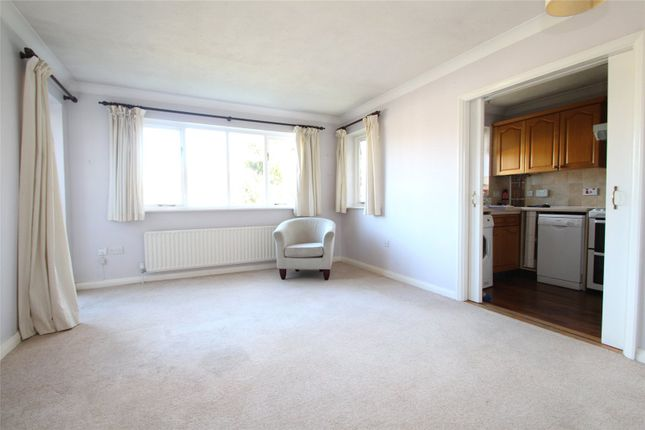 Thumbnail Flat to rent in Hartfield Road, Forest Row