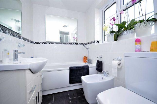 Bathroom of Sanctuary Way, Grimsby DN37