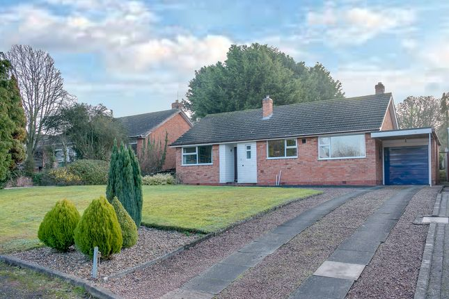 Thumbnail Detached bungalow for sale in Lower Cladswell Lane, Cookhill, Alcester