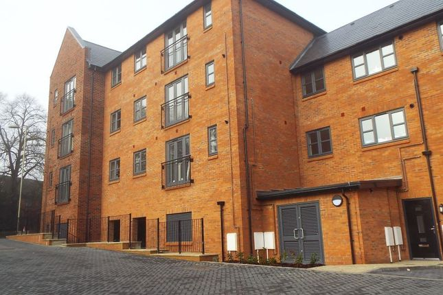 Thumbnail Flat to rent in Berry Court, Hook