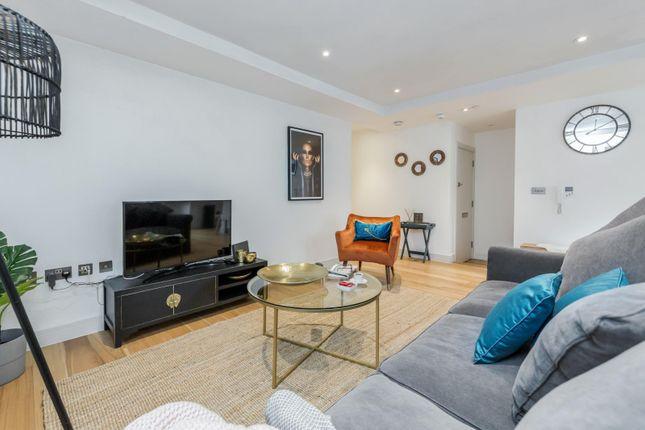 Thumbnail Flat to rent in Sheet Street, Windsor