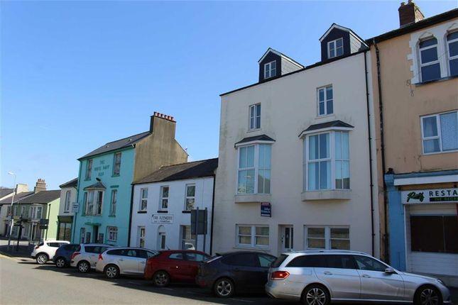 Pembroke Street, Pembroke Dock SA72