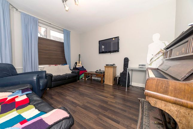 Thumbnail Property to rent in Edenhall Avenue, Burnage, Bills Included, Manchester