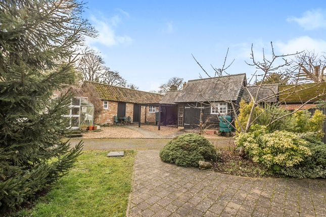 Thumbnail Barn conversion for sale in Hexton Road, Barton-Le-Clay, Bedford