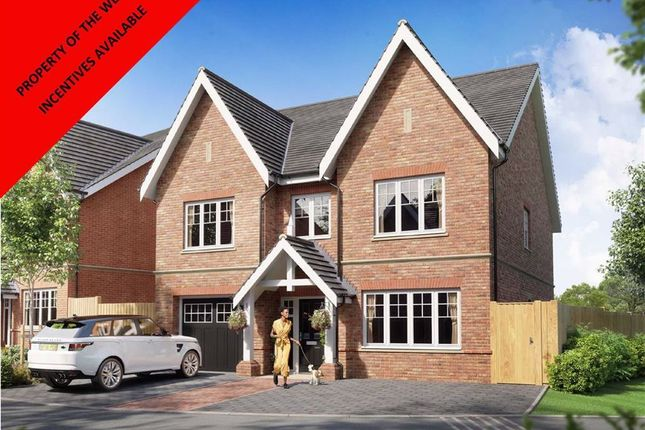 4 bed detached house for sale in Cuffley Hill, Cuffley, Hertfordshire EN7