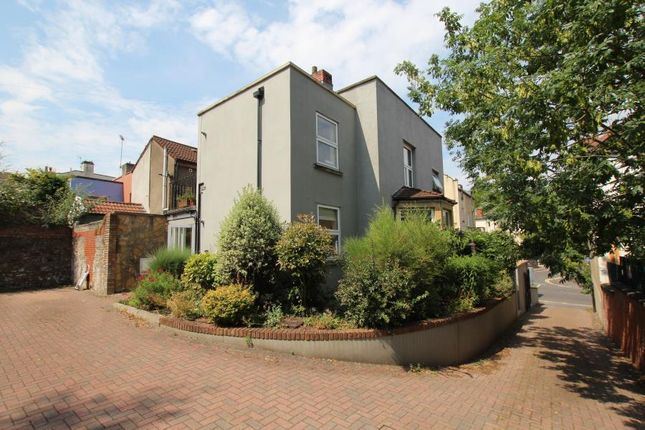 Thumbnail Flat to rent in Cotham Brow, Cotham, Bristol