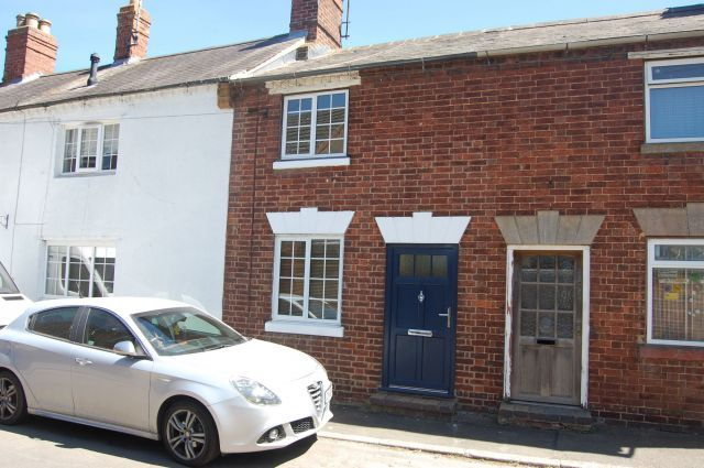 Thumbnail Cottage for sale in Brington Road, Long Buckby, Northampton