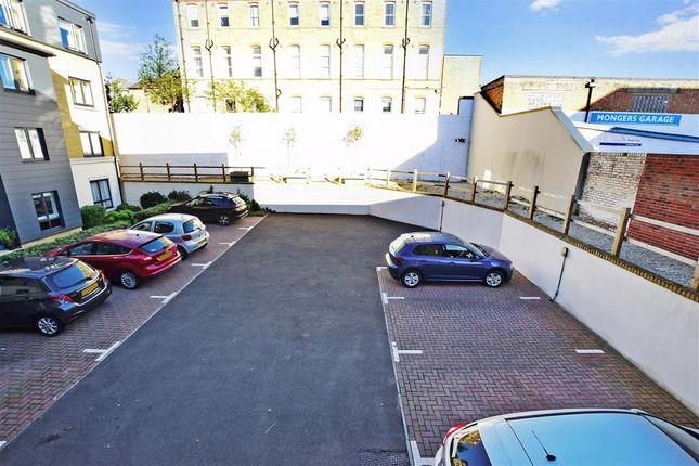 Driveway/Parking of King Street, Maidstone, Kent ME14
