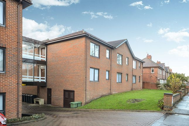 Thumbnail Flat for sale in Dodsworth Avenue, York
