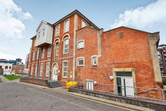 Thumbnail Town house for sale in Paper Mill Yard, Norwich